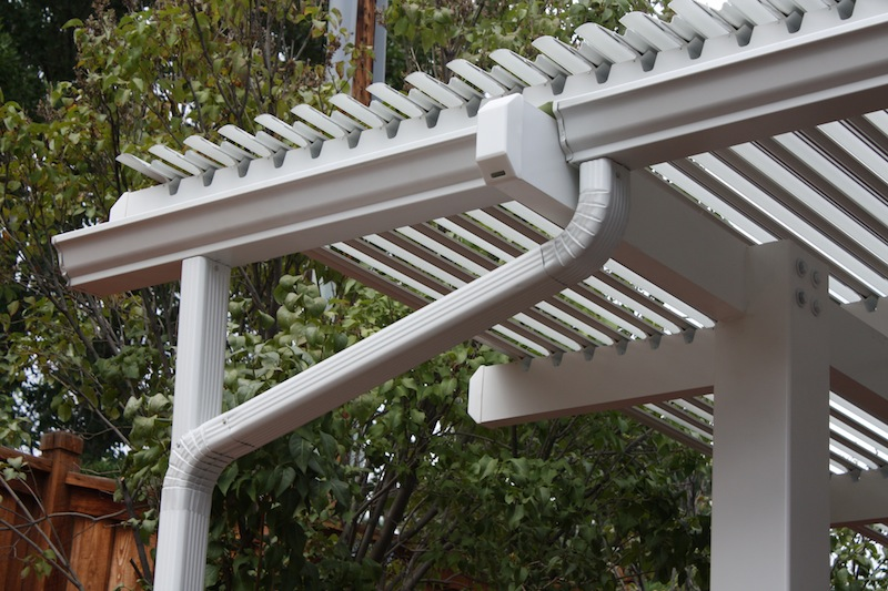Louvered Roof Gutter